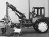 Грейферный погрузчик ПГ-0,2 на базе шасси тракторного типа Т-16.  Бульдозер ДЗ-42 на базе трактора ДТ-75
